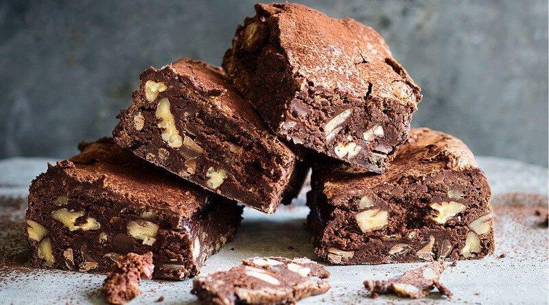 Křehké brownies čokoládové kostičky
